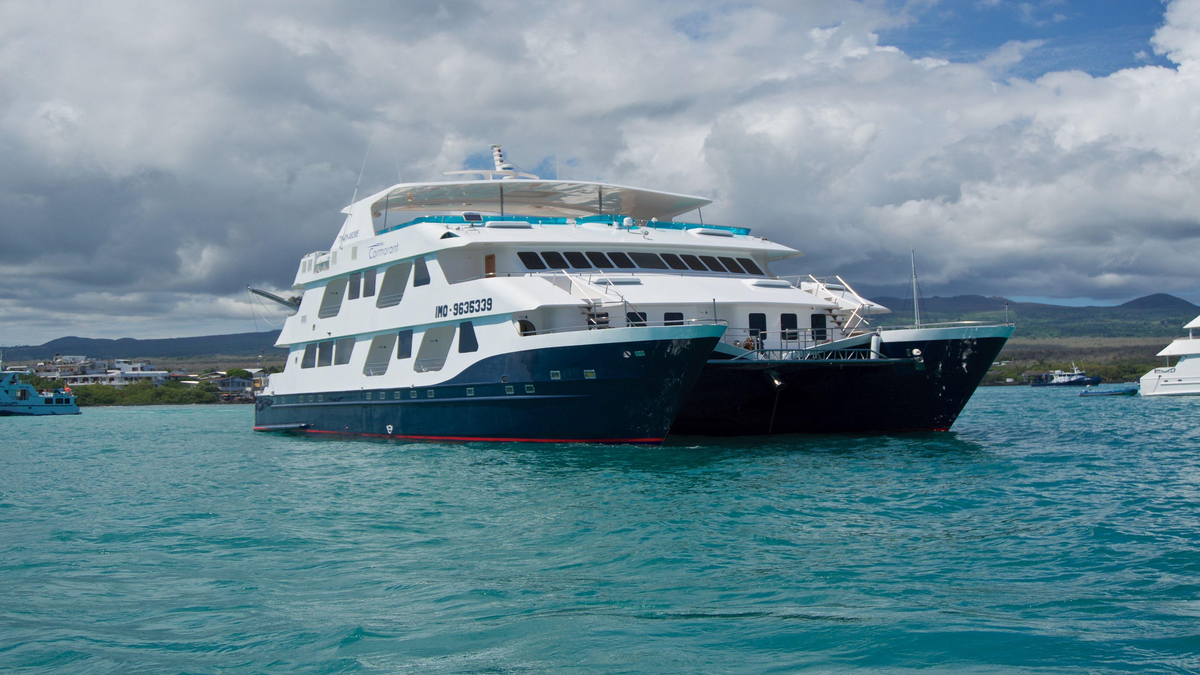 Cormorant Catamaran, Galapagos