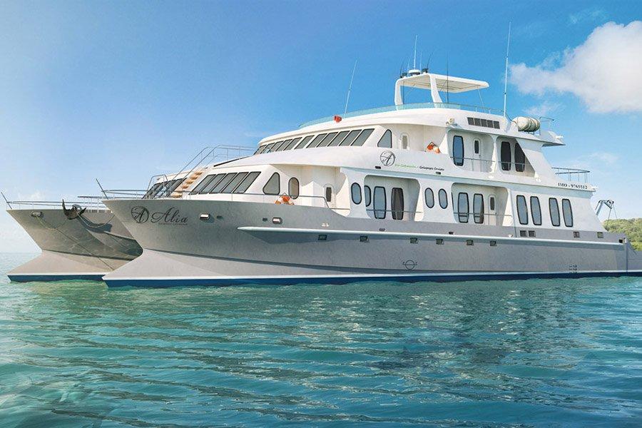 Alya Catamaran Yacht, Galapagos