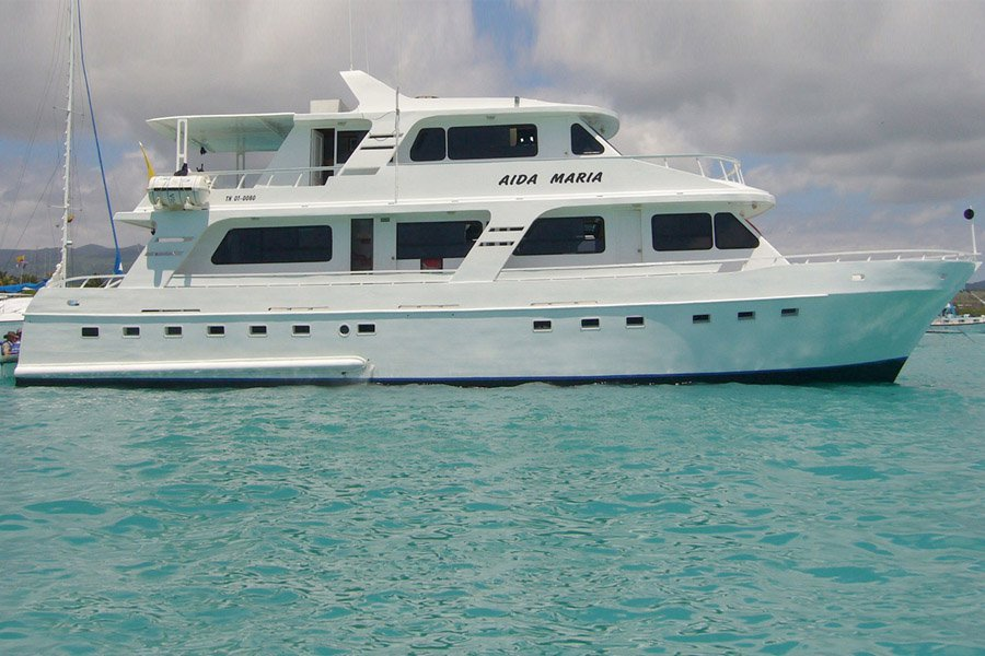 Aida María Yacht, Galapagos