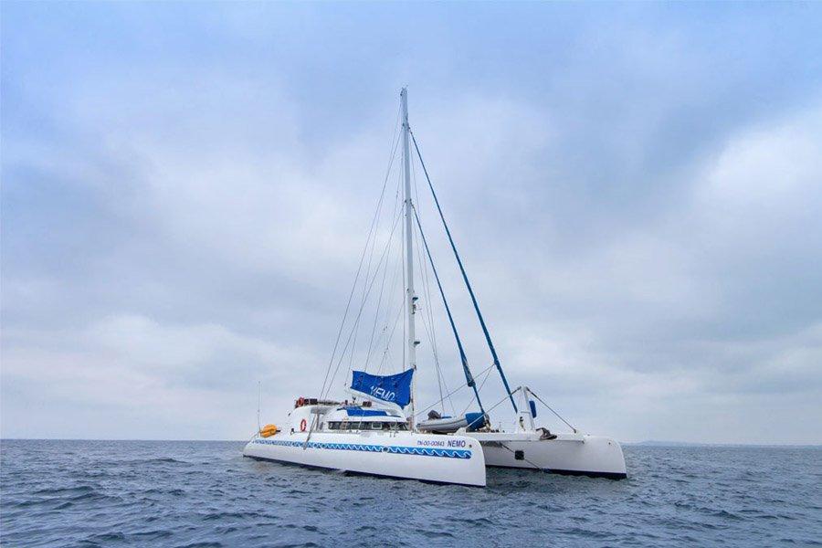 Nemo I Catamaran Yacht, Galapagos