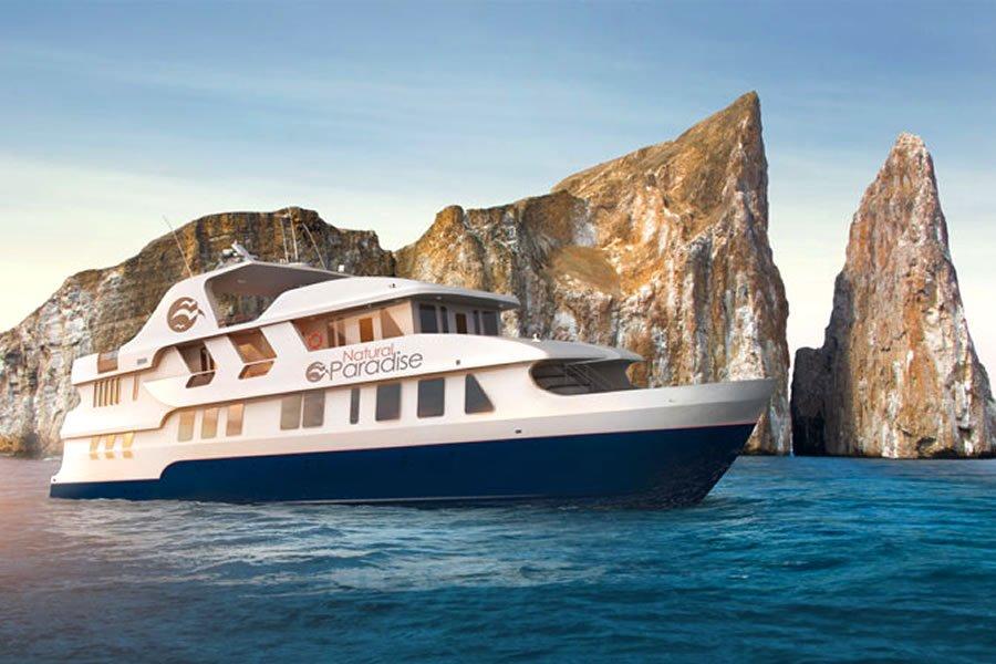 Natural Paradise Yacht, Galapagos