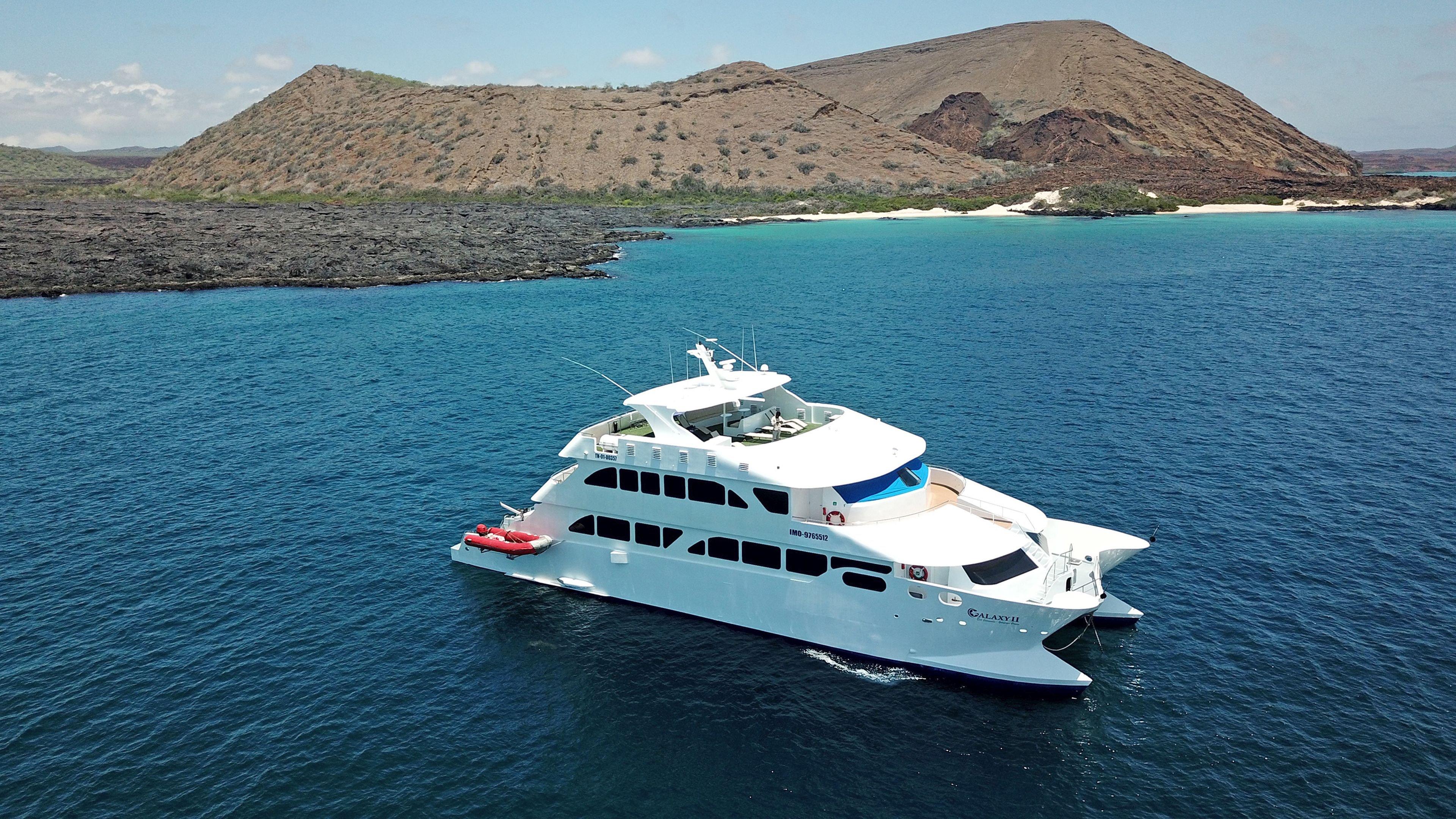 Galaxy Yacht II, Galapagos