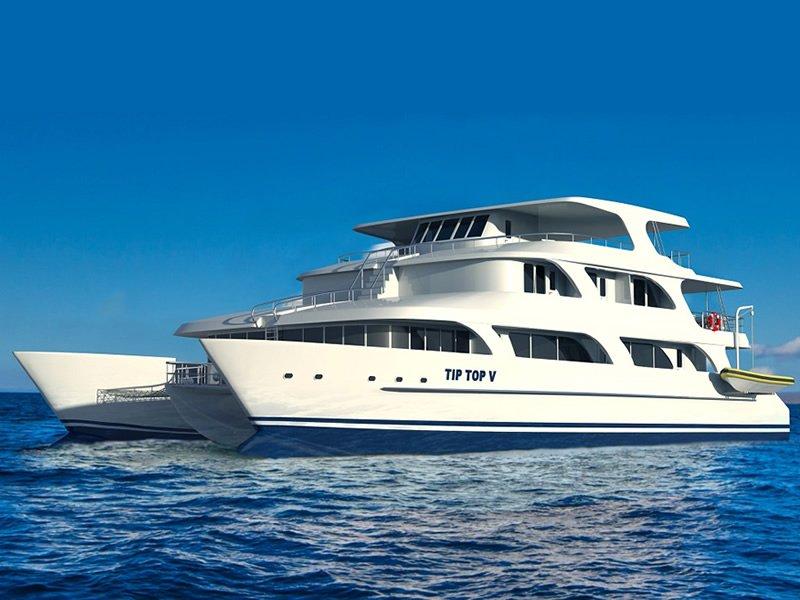 Tip Top V Yacht, Galapagos