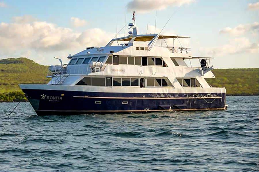 Bonita Yacht, Galapagos